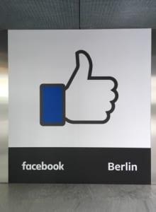 Facebook Christmas in Summer Berlin 01